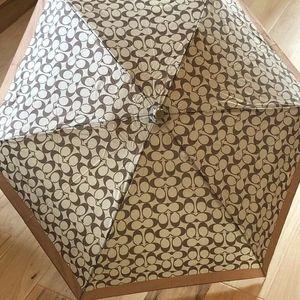 Coach Mini Umbrella in Signature Silver/Khaki